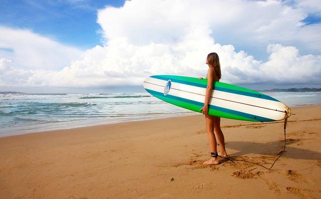 surfing-1210040_640